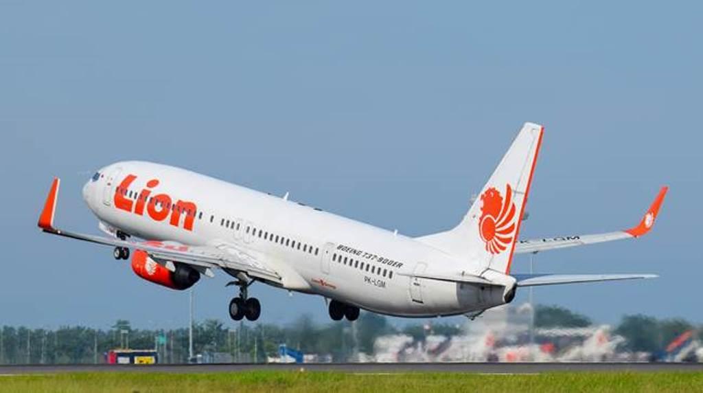 Penjelasan Harga Jual Tiket Lion Air Rute Penerbangan Soekarno Hatta Ke Pekanbaru Koran Pagi