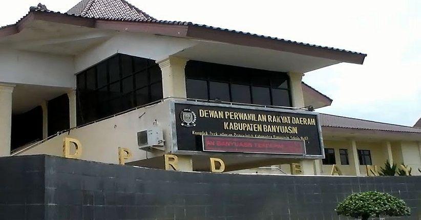 Kantor DPRD Banyuasiin